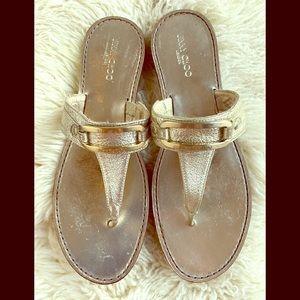 A very cute Jimmy Choo bronze sandals EU 38.5